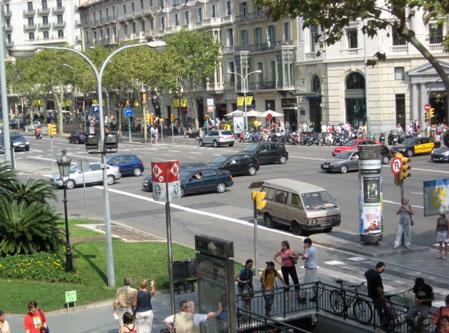 Passeig de Gracia, Downtown Barcelona, boulevard, barcelona main street