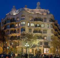 Casa Mila, Barcelona top 10, Gaudi, Modernism, barcelona sights, tourist attractions